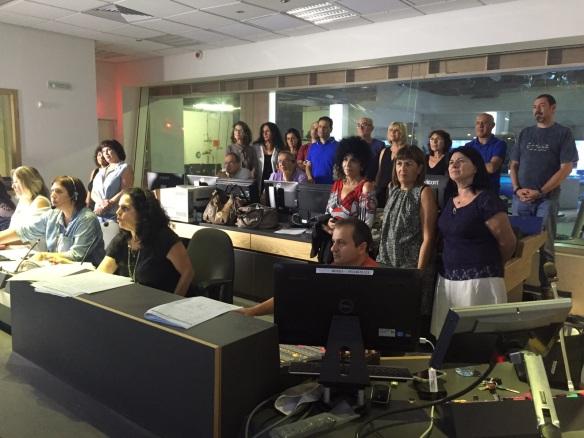 הערוץ הראשון מצדיע ל-235 עובדי רשות השידור שפרשו הערב. מבט 30.9.15